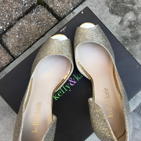 2956fb26848 Kelly katie shoes katie kelly brand gold sparkle pumps jpg 580x580 Dsw kelly  and katie